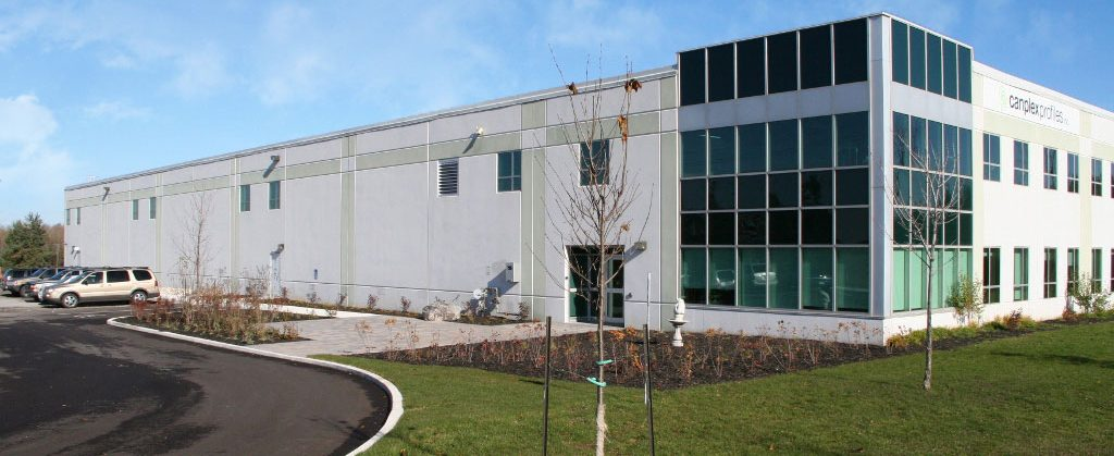 Canplex building for plastic profile extrusion